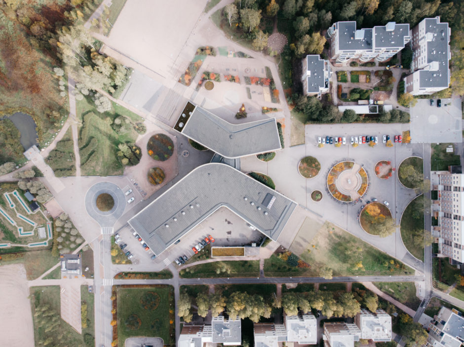 Kirkkojärvi School by Verstas Architects, an aerial photograph
